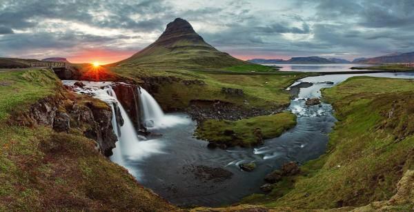 Cascada in Islanda
