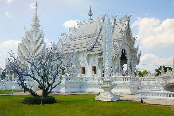 Wat Rong Khun – Templul Alb