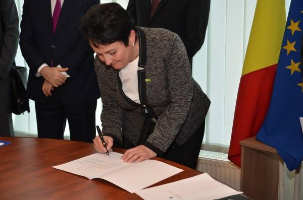 Lucia Morariu fiind numita Consul Onorific al Sloveniei