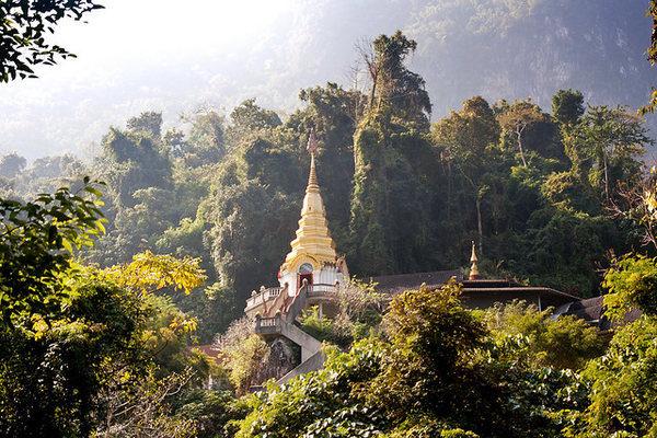 Wat Tham Pha Plong | © Andrea Schaffer