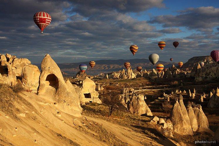Cappadocia - una din bogatiile turistice ale Turciei