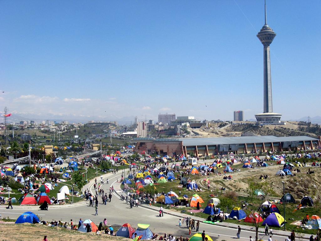 1 Aprilie este sarbatorita in Iran cu picnic in aer liber, rasete si glume bune