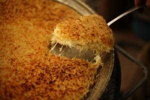 kunefe - prajitura turceasca cu branza dulce si sirop de flori de portocal