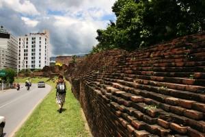 Chiang Mai este locul ideal pentru cei ce vor sa descopere vestigii arheologice sau sa viziteze jungla ce inconjoara orasul.
