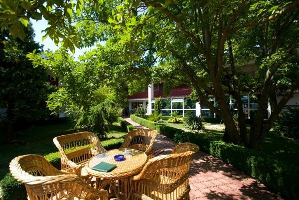 Clubul Tismana este o oaza de relaxare pentru toti cei ce viziteaza litoralul