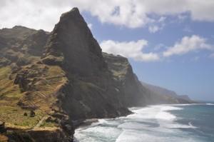 Cei ce prefera peisajele montane si drumetiile se vor indragosti de Capul Verde