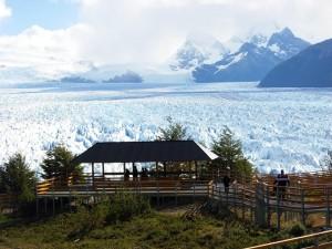 Fitz Roy este ce mai inalt varf din Muntii Patagoniei, avand 3405 metri.
