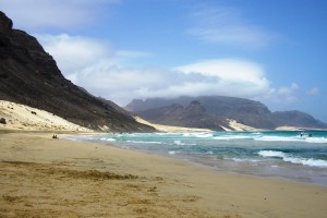 Superba plaja Praia Grande din Capul Verde