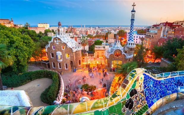 Barcelona, orasul lui Antonio Gaudi este, cu siguranta, in topul oraselor preferate pentru o escapada de cateva zile.