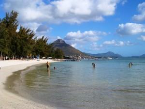 Flic en Flac, una dintre cele mai intinse plaje de pe insula.