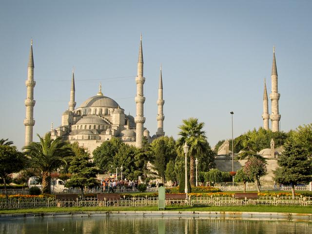 Probabil unul dintre cele mai eclectice orase ale Europei, Istanbul are multe de oferit.