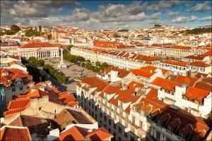 Orasul construit pe malul Oceanului Atlantic, Lisabona, este cea de-a doua mai veche capitala a Europei, dupa Atena.