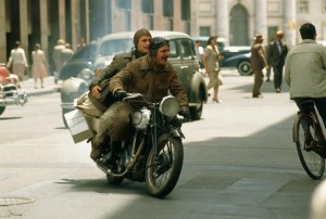 Filmul prezinta calatoria initiatica a tanarului Che Guevara prin America de Sud ianinte de a deveni simbolul unui intreg continent si al unei intregi lumi.