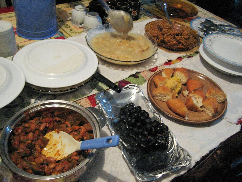 Bucataria traditionala din Tanzania poarta puternice accente ale gastronomiei arabe, cat si indiene, elemente care transforma preparatele africane in adevarate izbucniri de arome si gusturi.