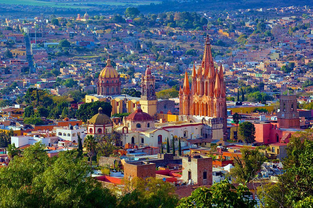 ot in Mexic se afla si cel mai frumos loc din lume (potrivit unei publicatii americane) - vestitul San Miguel de Allende de care te vei indragosti instantaneu la fel ca toti cei care l-au vizitat.