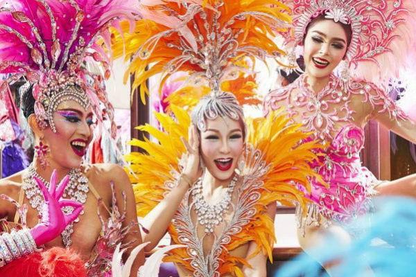 spectacol cabaret in Thailanda