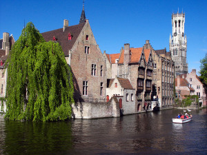 Canalele din Bruges