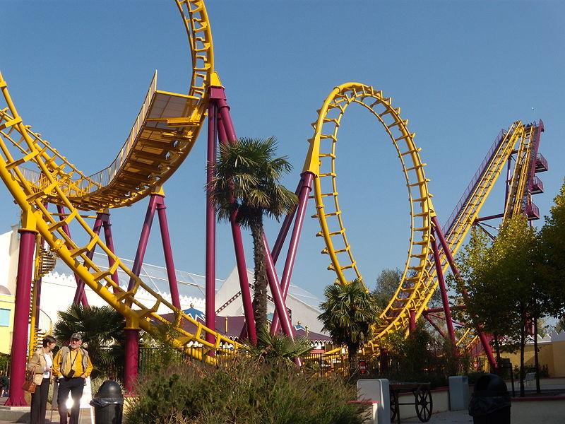 Roller coaster-ul Cobra din Walibi Belgium, Belgia