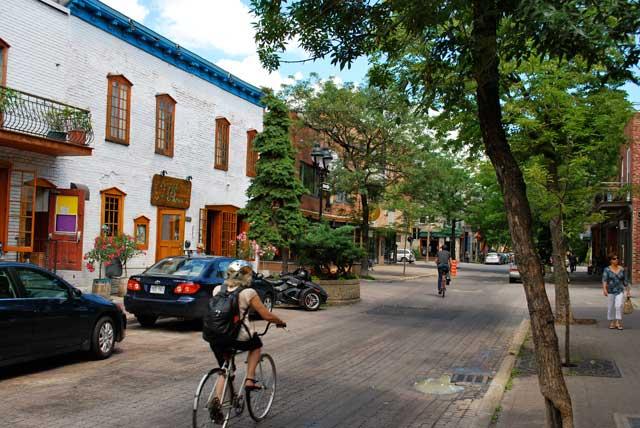 Cu bicicleta prin Montreal, Canada