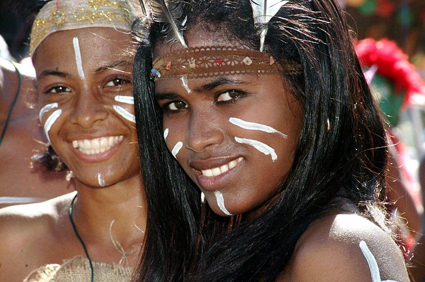 Femei din populatia indigena Taino la carnavalul dominican