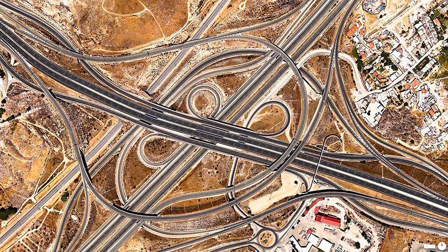 Intersectia Spaghetti, Madrid, Spania vazuta din satelit