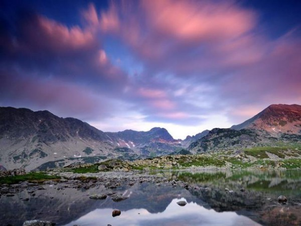 Lacul-Bucura-din-Muntii-Retezat-Galerie-foto--1346501322-1.607441-[640x480]