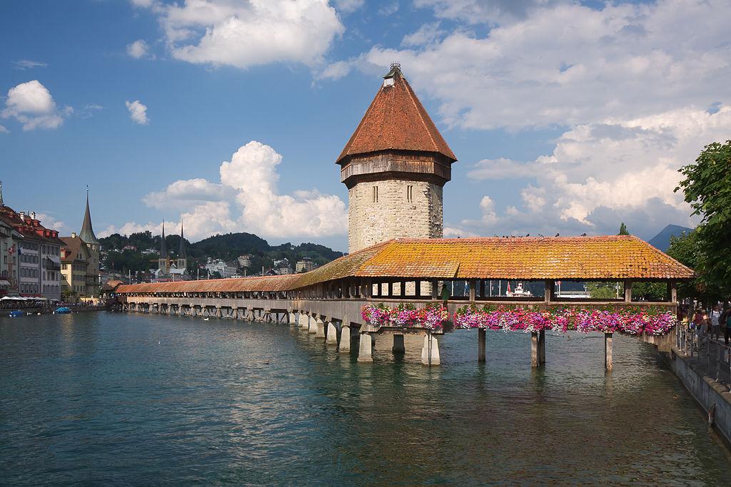 Luzern Kapellbruecke