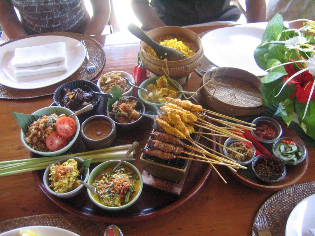 Gatsronomia indoneziana reuseste sa surprinda placut orice gurmand