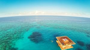 Manta Resort este hotelul din Tanzania ce are o camera subacvatica