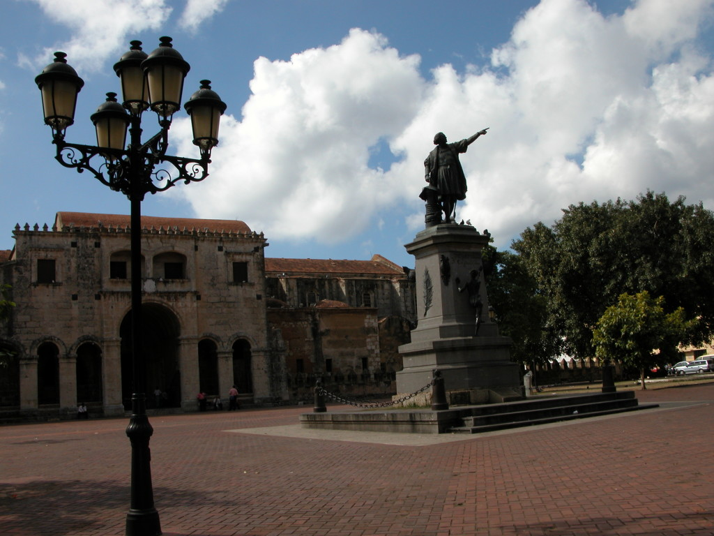 Parque Colon, Ciudad Colonial, Santo Domingo