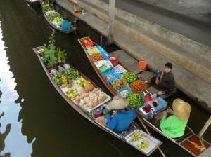Piata Plutitoare in Thailanda