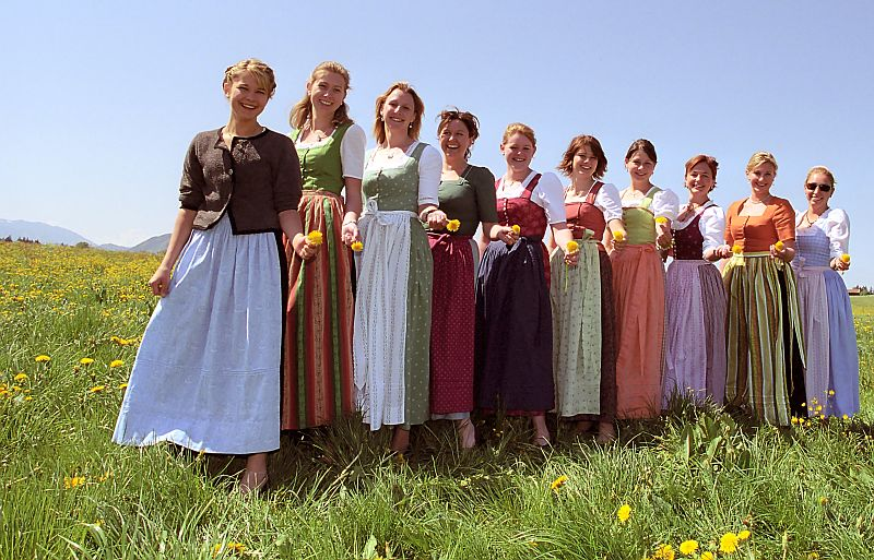 Rochia traditionala Dirndl, Germania