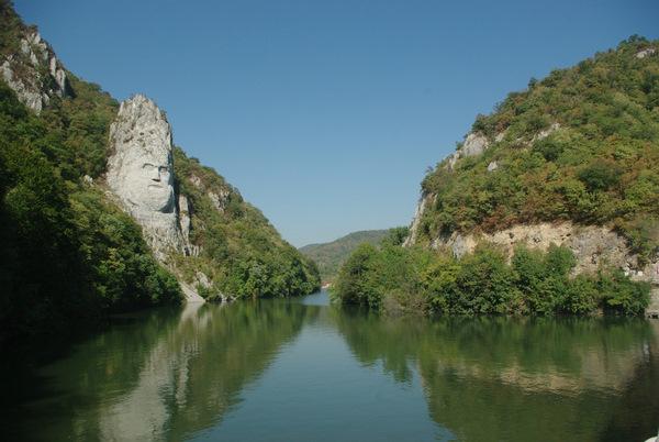Statuia lui Decebal la Cazanele Dunarii