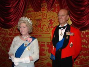 Statuia reginei Marii Britanii la Madame Tussauds, Londra