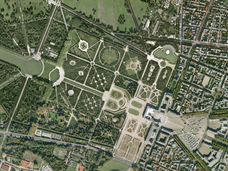 Versailles vazut din satelit