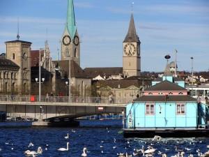 Zurich cu Fraumunster si Lacul Zurich