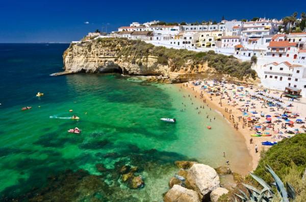 Plaja in Algarve