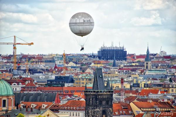 Zbor cu balonul deasupra Pragai