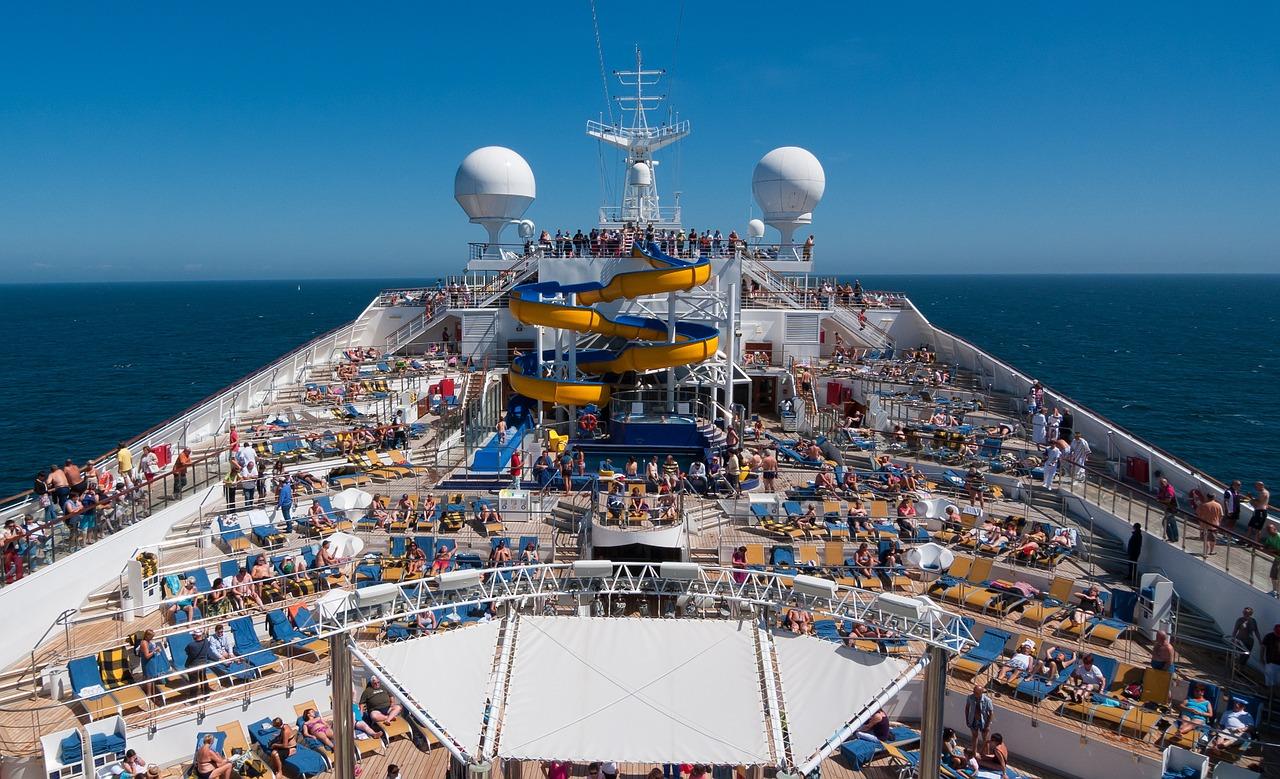cruise-1236642_1280