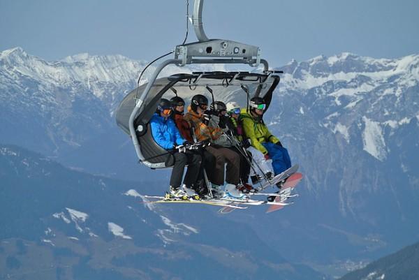 Mini-vacanta la schi